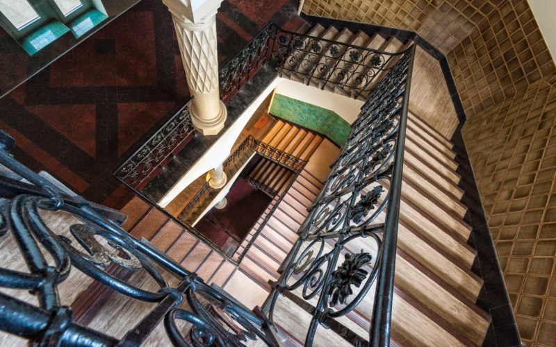 Escalier lycée des Pontonniers