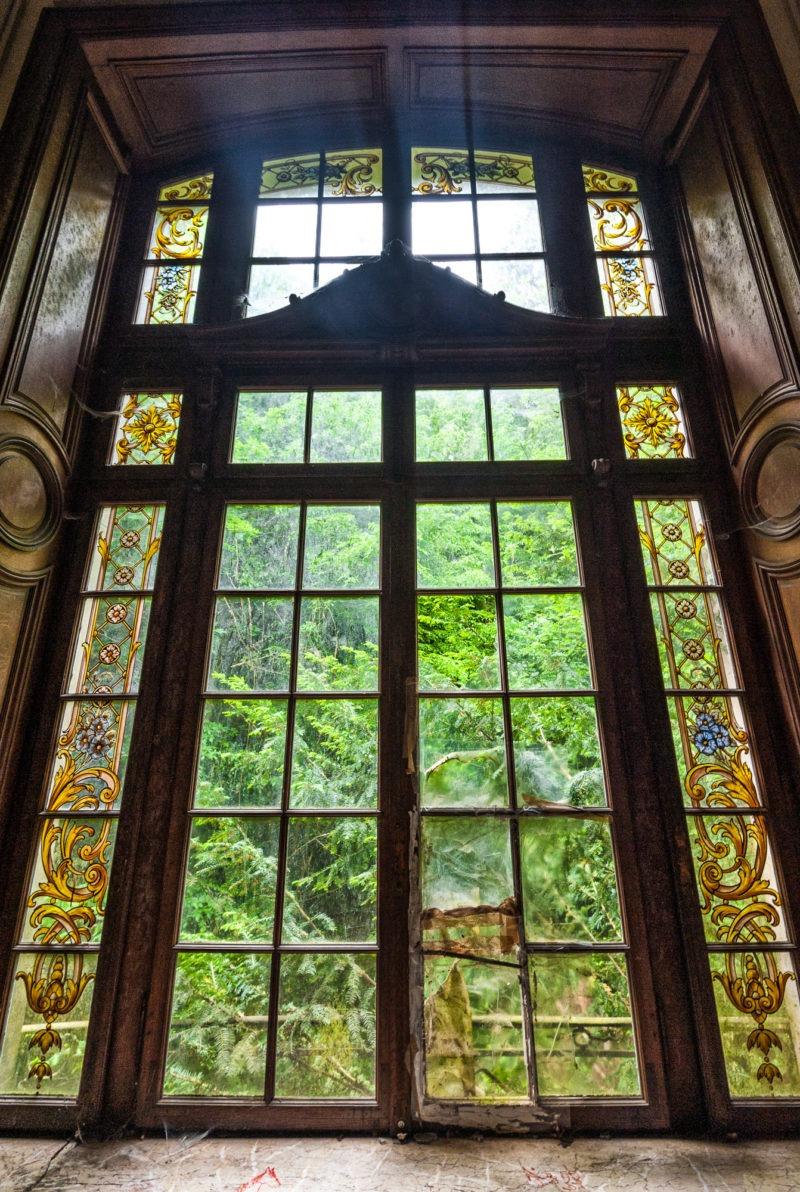 urbex - Fenêtres escaliers, Manoir à la verriere