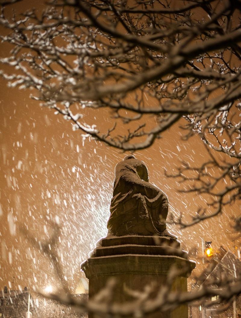 Neige statue, Strasbourg