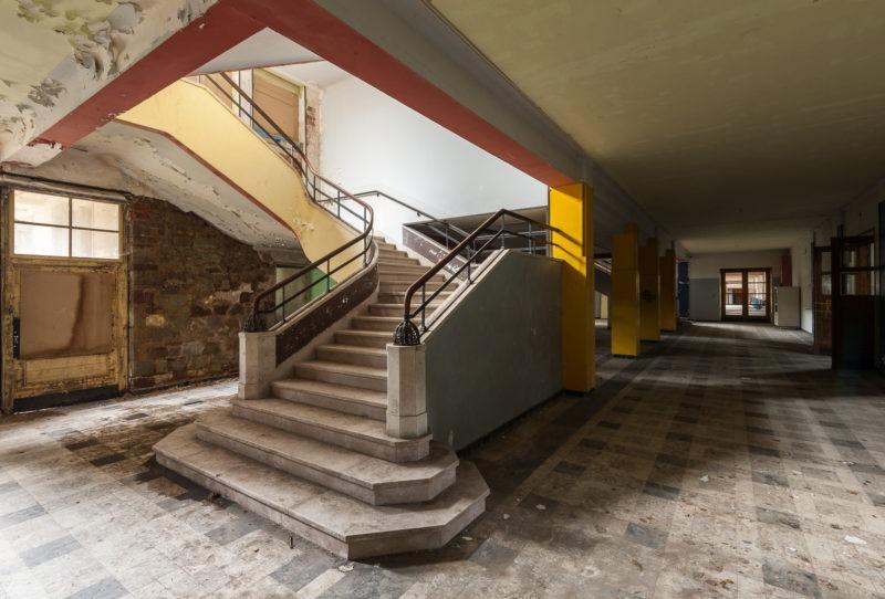 Grand escalier du hall